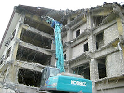 RC造5階解体現場